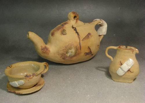 Wounded Tea Set